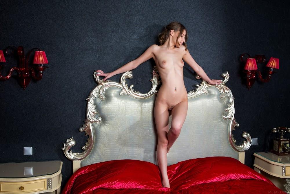 [Met-Art] Nikia A - Royalty