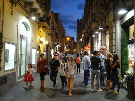 49. Seara in Taormina.JPG