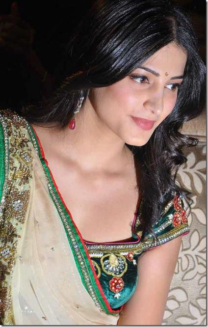 shruti_haasan_cute_pics
