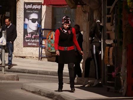 08. Moda feminina Iordania.JPG