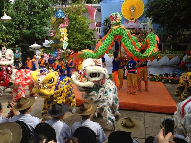 IMG 1972%252520%2525284%252529 Đại lễ Phật đản PL 2557 tại Tu viện Quảng Hương Già Lam