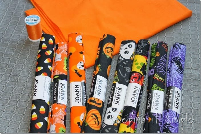Halloween rag table runner (1)