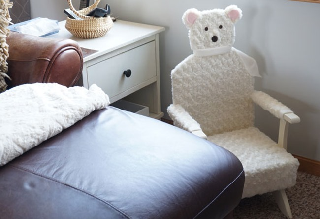 bear-chair-in-place