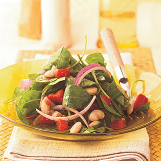 Arugula, White Bean, and Roasted Red Pepper Salad