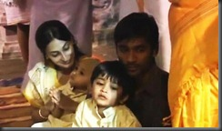 dhanush_family_still2