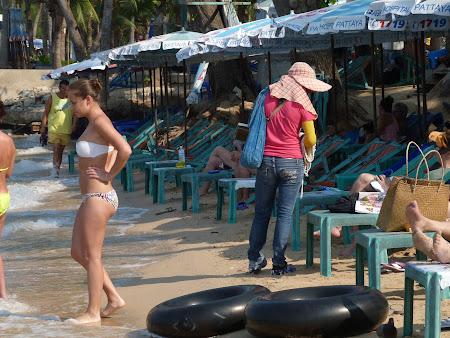 Vacanta Thailanda: vanzatoare ambulanta Pattaya