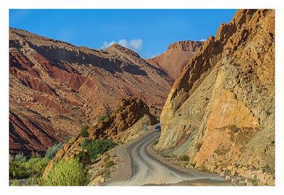 Im hohen Atlas: Pisten im Gebirge
