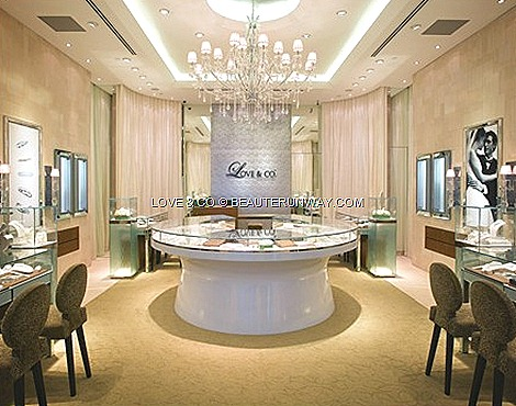 Love & Co Jeweller Store to experience a romantic journey located at ION Orchard, Raffles City, Plaza Singapura and Vivocity Singapore and at City Square Johor Bahru, Mid Valley City Kuala Lumpur, Plaza Gurney Penang in Malaysia.