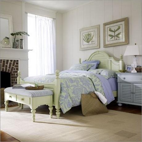 Coastal Living Summerhouse Bed Set