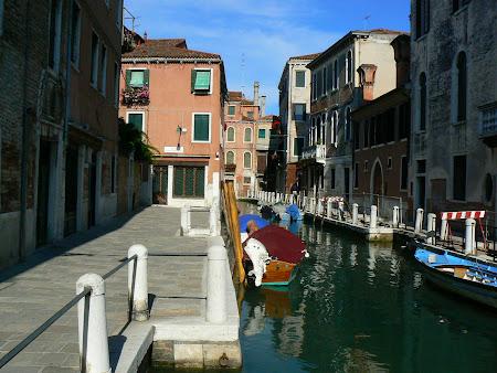 Canale dosnice din Venezia