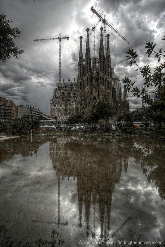 Sagrada Familia outside reflection 2 scaled