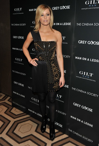 Elizabeth Banks attends The Cinema Society & Gilt Man with Grey Goose screening of Man on a Ledge