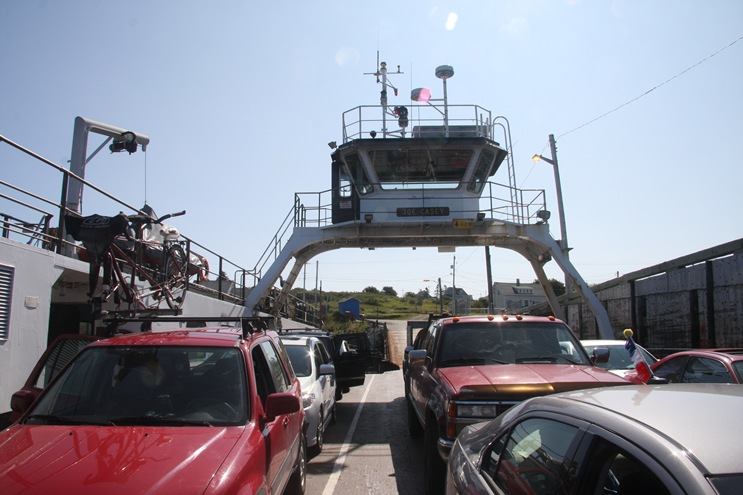 0812-1-Ferry on Digby Spit