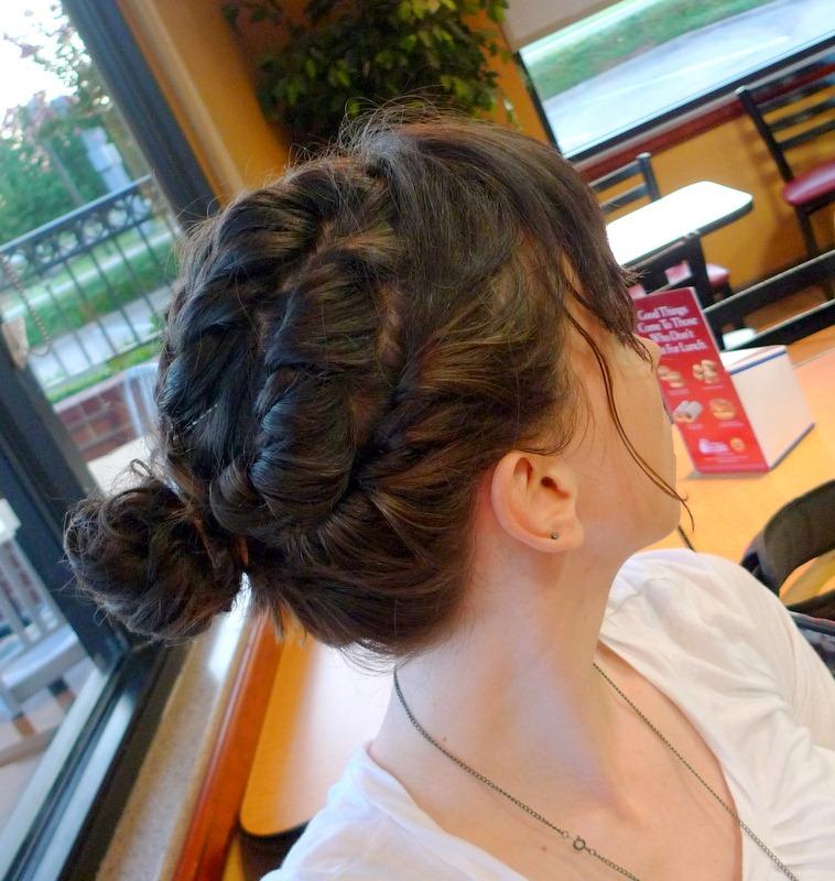 [P1030084%255B4%255D.jpg&description=Wardrobe Wednesday: Stripes + Layered Twist Hair-do Round Two')]