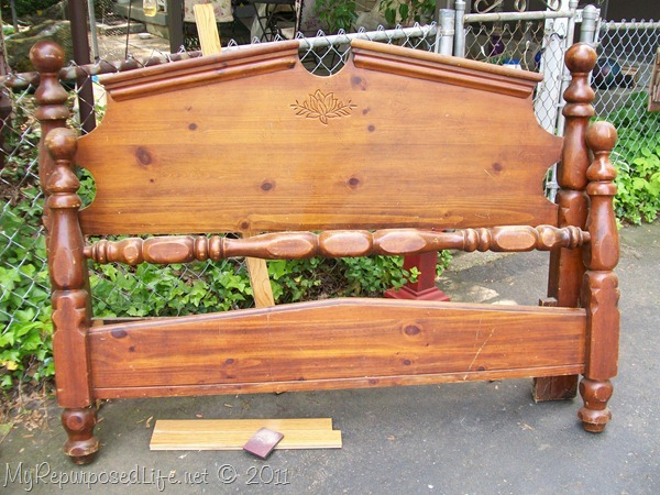 repurposed headboard into bench (2)