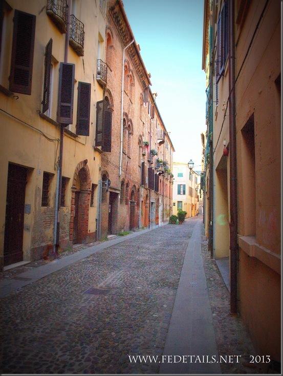 Vie antiche di Ferrara- Via della Vittoria,foto1,Ferrara,EmiliaRomagna,Italia - Ancient streets of Ferrara-Via della Vittoria, photo1, Ferrara, EmiliaRomagna, Italy - Property and Copyrights of FEdetails.net