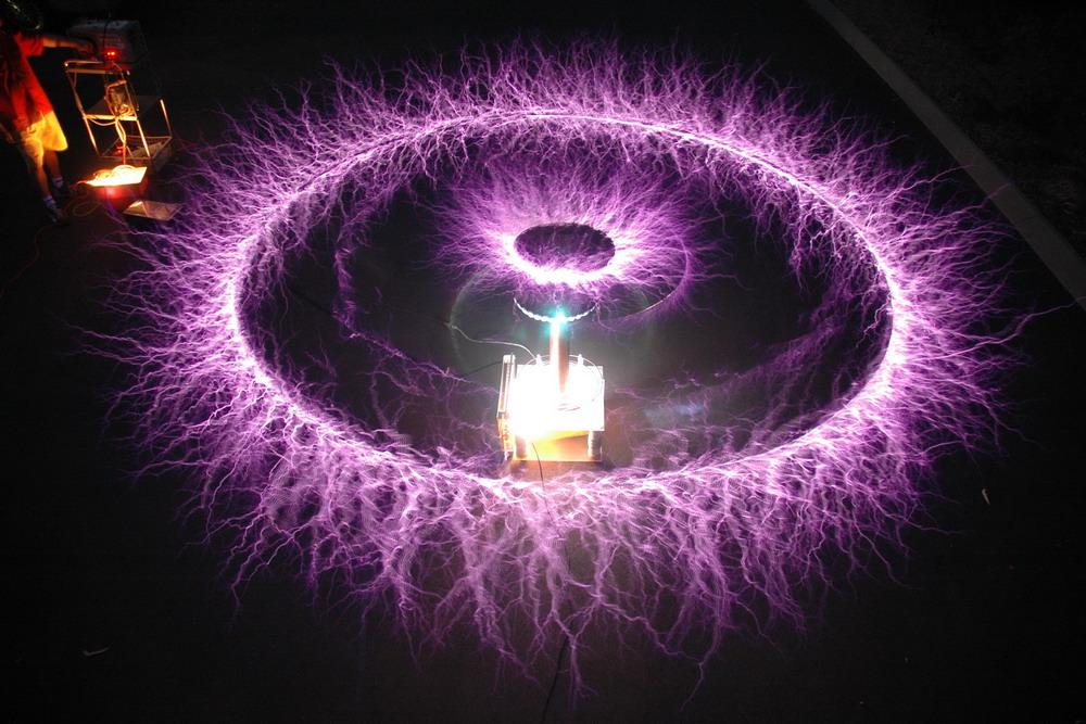 claireur: L'ENERGIE LIBRE DE TESLA