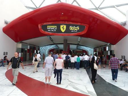 Obiective turistice Abu Dhabi: Ferrari World