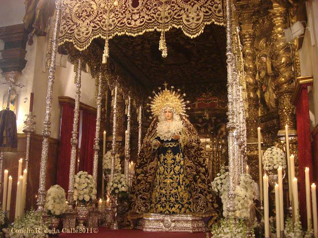 Esperanza de la O - Besamanos 2011 (5).JPG