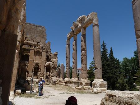 Imagini Liban: intrare Baalbek.JPG