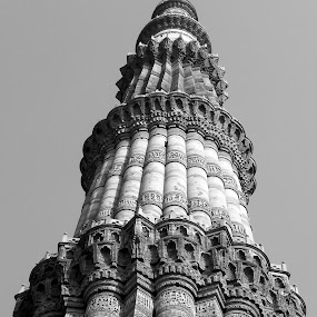 Qutab Minar by Ravi Prakash - Black & White Buildings & Architecture ( qutab, india, architecture, tallest, delhi,  )