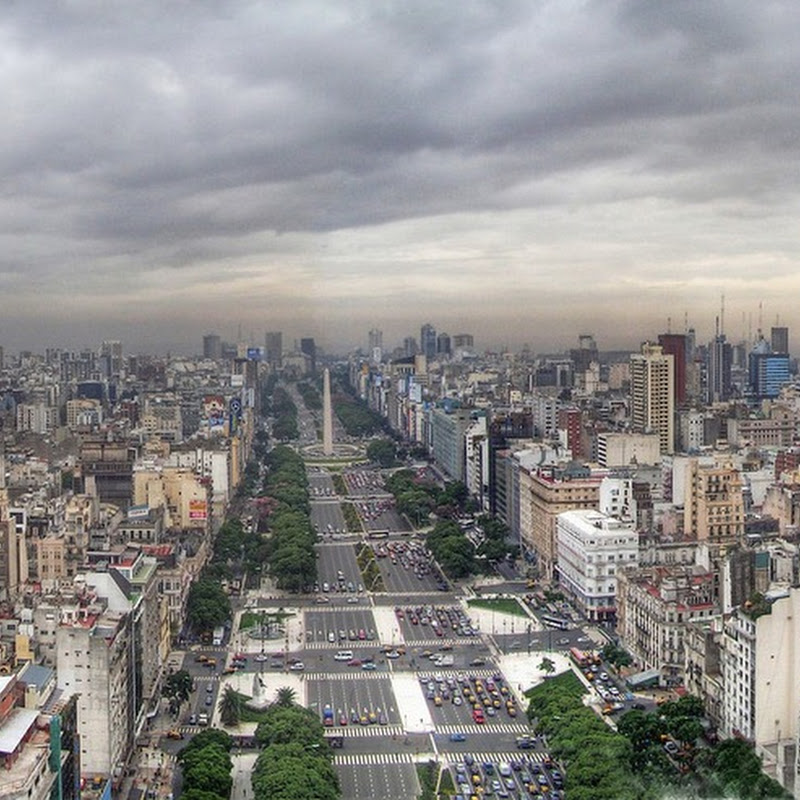 9 de Julio Avenue: The Widest Street in the World