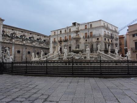 Imagini Italia: Palermo - Fantana rusinii