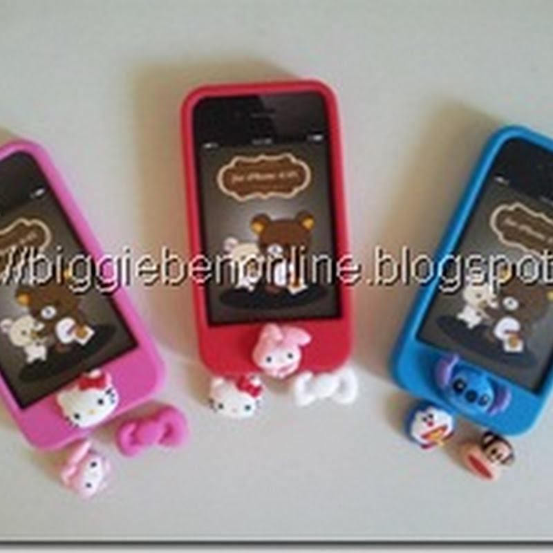 04eee9d60 Iphone 4/4s Rubber case with 3 interchangeable touch button Pink (My Melody,  Hello Kitty and Pink Ribbon .