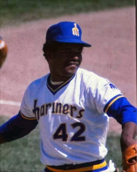 check out b64d5 ef45a 1980s Seattle Mariners - The Ultimate Baseball Look