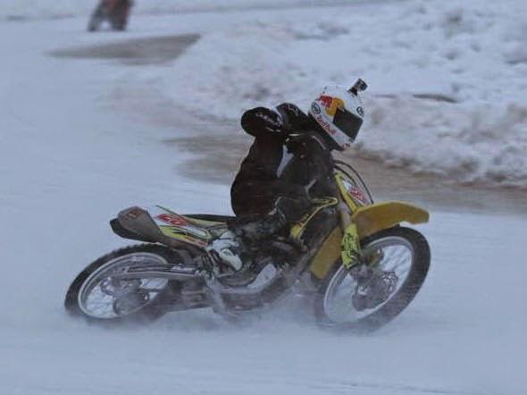 bikeracing-motogp3.jpg