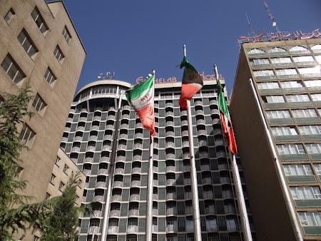 01. Hotel Enghelab in Teheran.JPG
