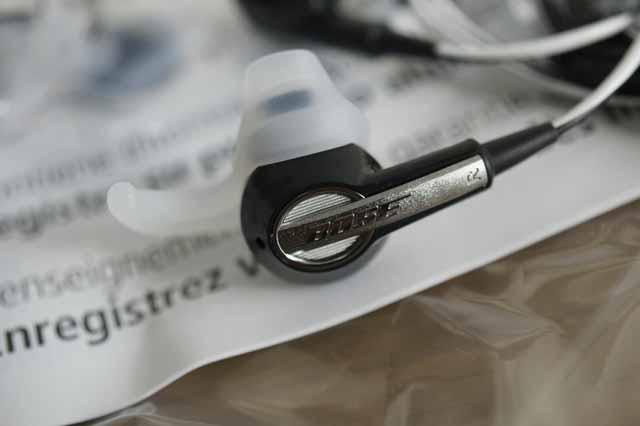 BOSE Quiet Comfort2 と In-Ear を修理に出した結果…