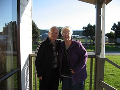 Petone Des and Pat Sep