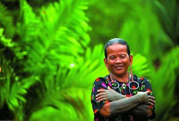 Orang Ulu lady with tattoo