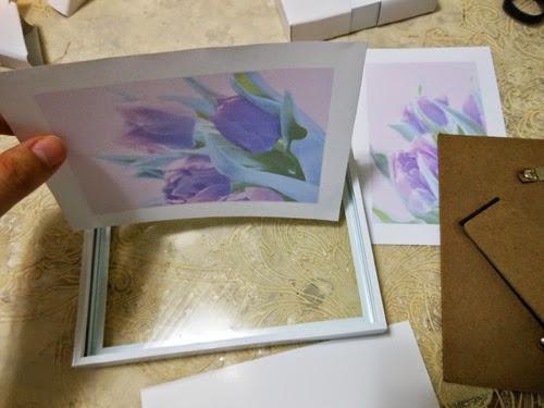 DIY quadrinho feito com porta retrato para decorar o quarto