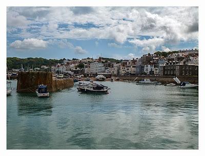 Guernsey - St. Peter Port - Fischerhafen