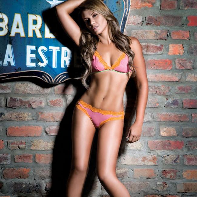 Katherine Porto Desnuda Revista SoHo Foto 3