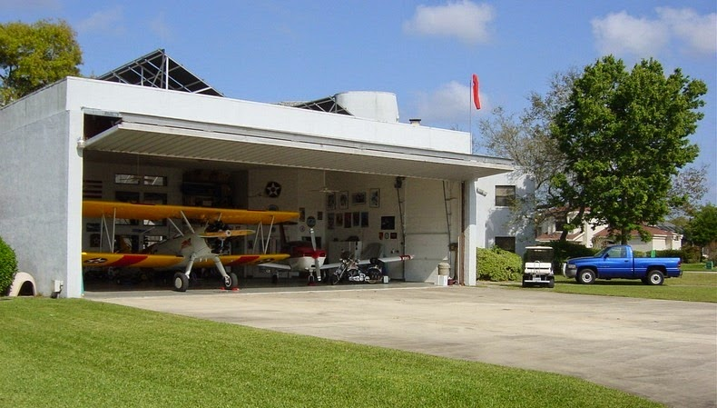 Spruce Creek Where Everybody Owns An Airplane Amusing