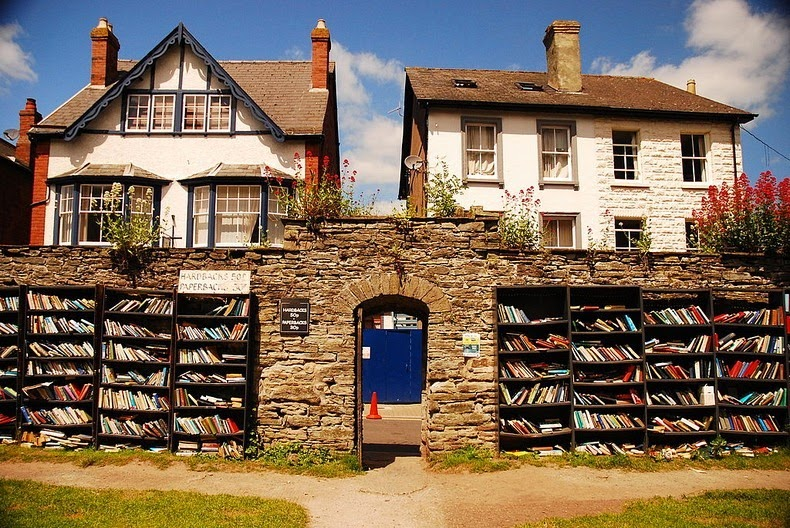 Hay-on-Wye: The Town of Books | Amusing Planet