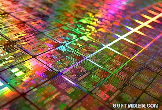 3-4-08-amd-45nm-wafer