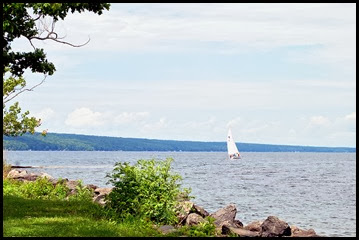 04b - Cayuga Lake - Day Use Area, great lunch spot