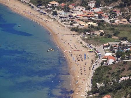 13. Plaja Agios Georgios.JPG