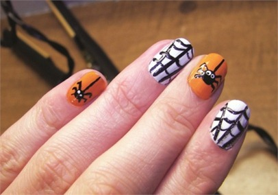 SpiderWeb-Halloween-Nail-Art-Design