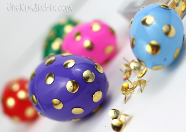 Gold polka dot thumbtack egg