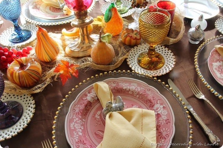 Thanksgiving Table-Bargain Decorating with Laurie