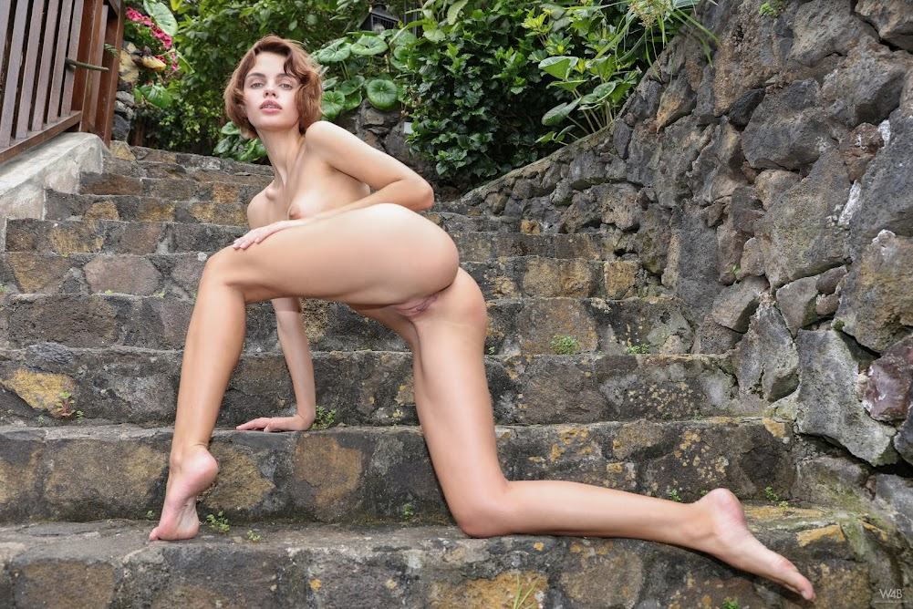 [Watch4Beauty] Ariela - Stay Naked Forever