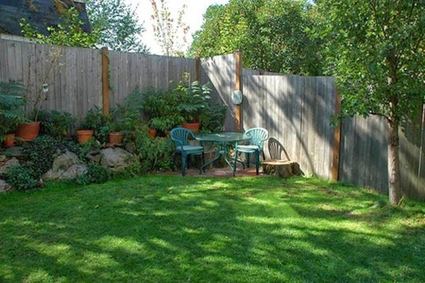 Landscaping Ideas For Small Yard Small Yard Landscaping