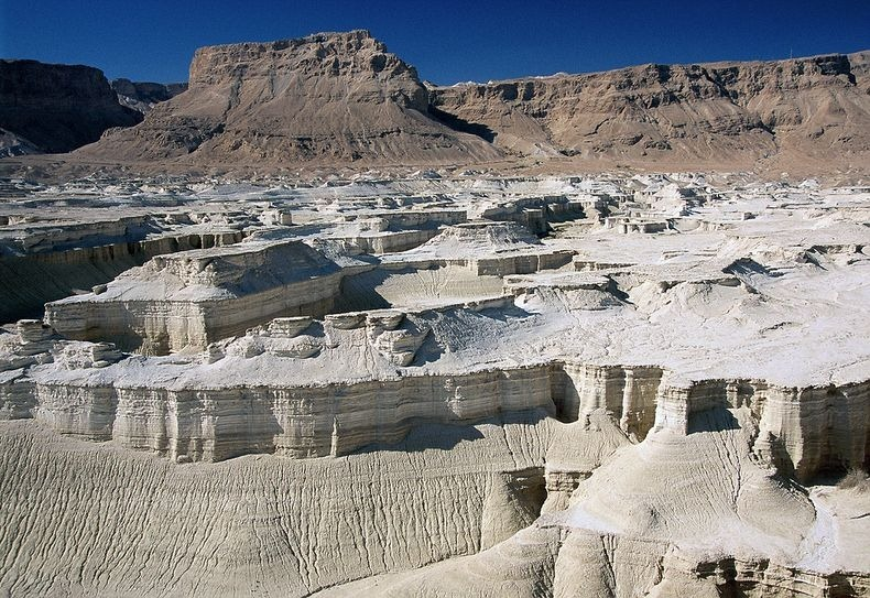dead-sea-salt-crystals-14
