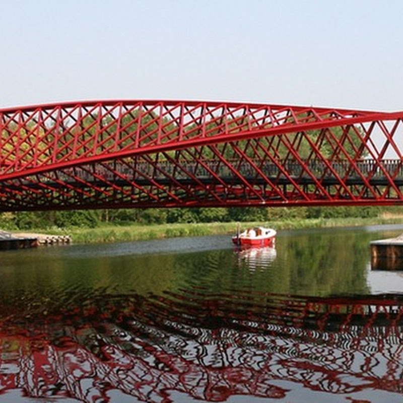 The Twist Bridge Over the Vlaardingse Vaart, Netherlands