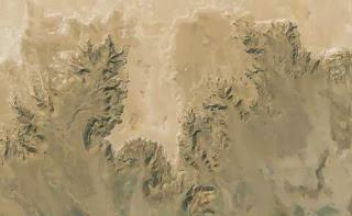 вид берега Средиземного моря существовавшего после потопа (Сахара, Африка)